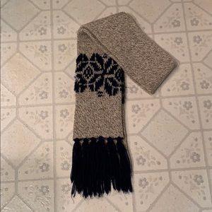 Cute navy blue knit fringe scarf